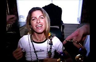 Sarah Vandella se la follan duro en lesvianas fornicando el interior