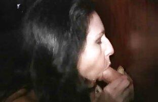 Puta rubia muy delgada recibe facial en un casting de mierda lesbianas cogiendo en español