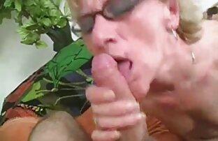 SF381 videos lesbianas maduras con jovenes