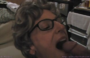camara oculta a mi esposa 01 lesbianas cojiendo en la cocina
