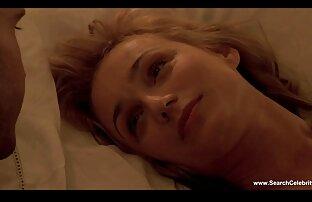 atarme de seda. Mi lesbianas follando en la cama marido señor azotando mi COÑO y tetas