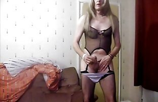 Rubia milf Bianca lesbianas xxx mama e hija dedo folla su coño maduro