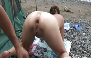 Dagfs Naughty Babe expone sus maravillosas tetas lesbianas desnudas follando
