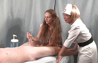 Hermosa chica masturbación webcam lesbianas follando con cinturon